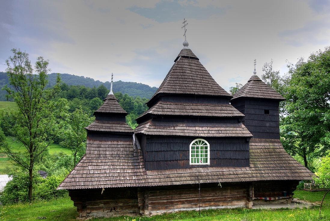 cerkva-sv-mixajla-uzhok-7